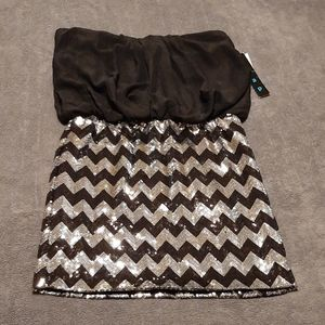 Snap Strapless Party Dress